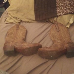 nocona boots Shoes - Cowgirl boots MUST GOOO